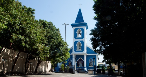 Cranford - Igreja Nossa Senhora de Lourdes